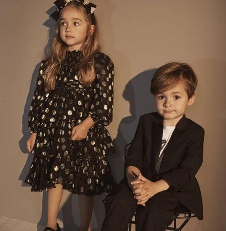 جانب من أزياء مجموعة دولتشى آند جابانا للأطفال