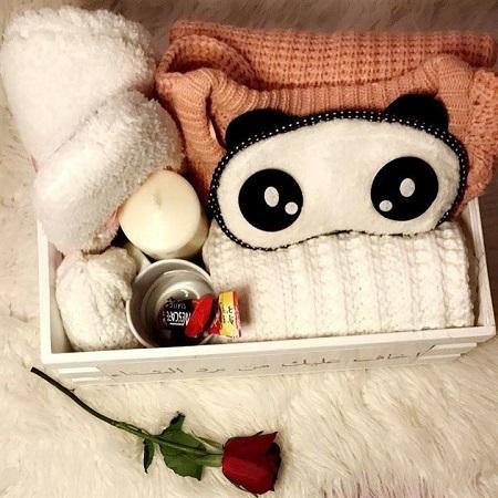 winter box به ملابس شتوية وشمع