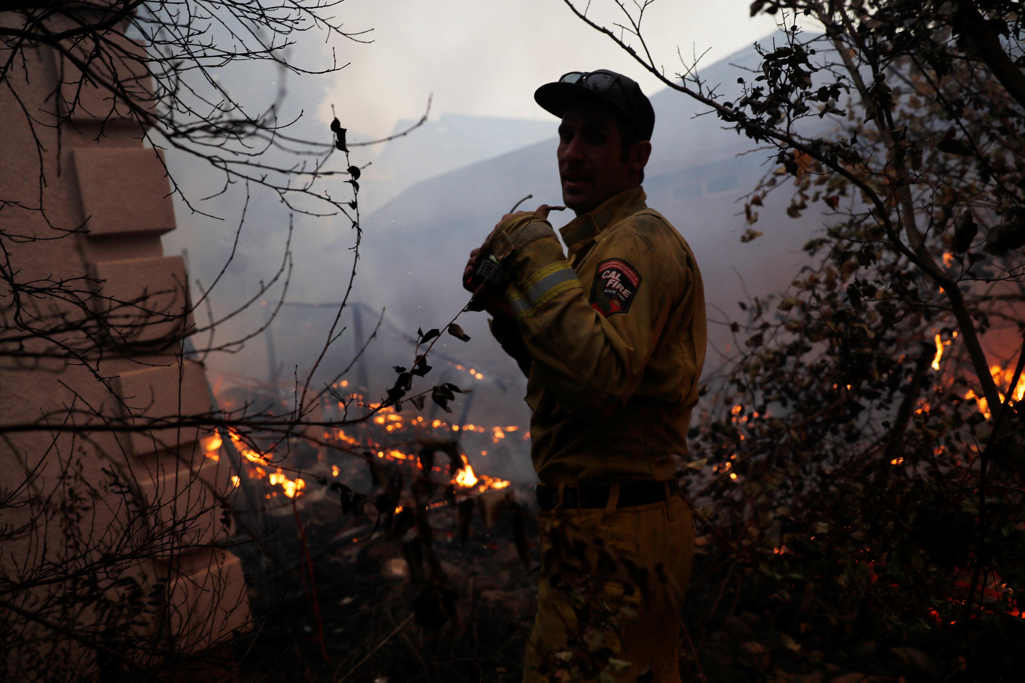 أحد رجال الاطفاء