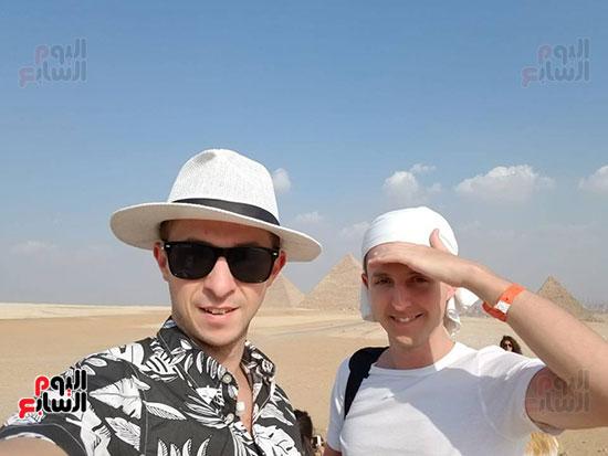 أرثر-فى-زيارة-مصر-والمشاركة-فى-منتدى-شباب-العالم-(2)