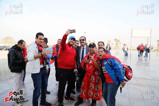 مغادرة الجمهور المصرى لتونس (7)