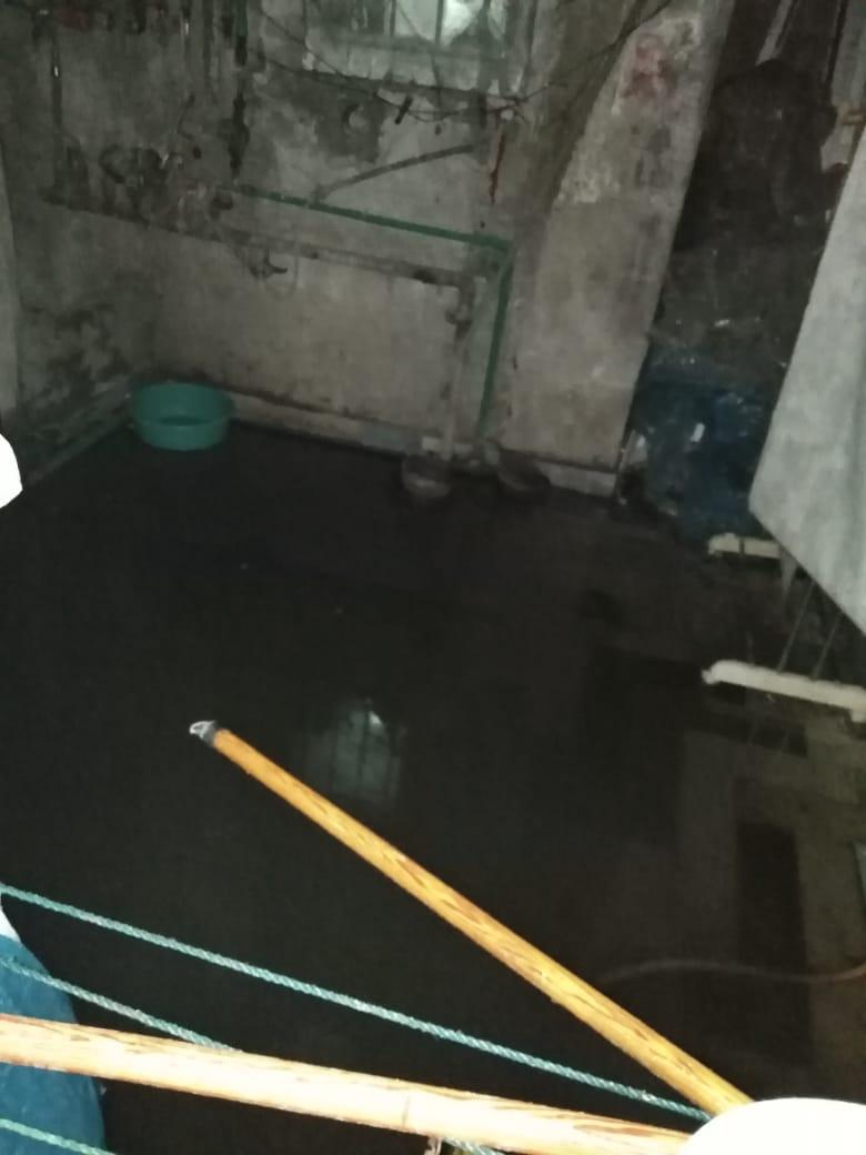 مياه الأمطار تغرق منازل شارع بورسعيد شرق الإسكندرية (1)