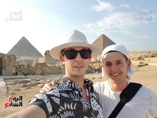 أرثر-فى-زيارة-مصر-والمشاركة-فى-منتدى-شباب-العالم-(4)