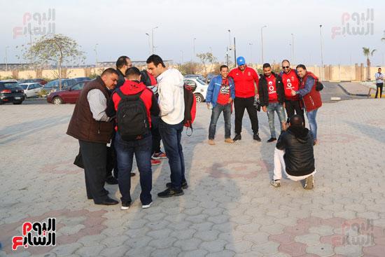 مغادرة الجمهور المصرى لتونس (16)