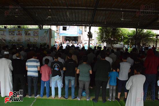 تشييع جثمان الإعلامية نادية صالح (9)