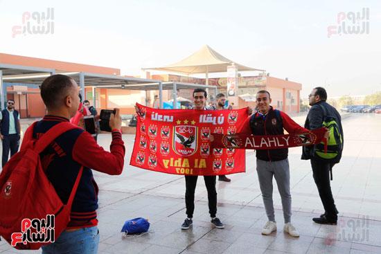 مغادرة الجمهور المصرى لتونس (14)