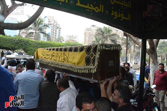 تشييع جثمان الإعلامية نادية صالح (5)