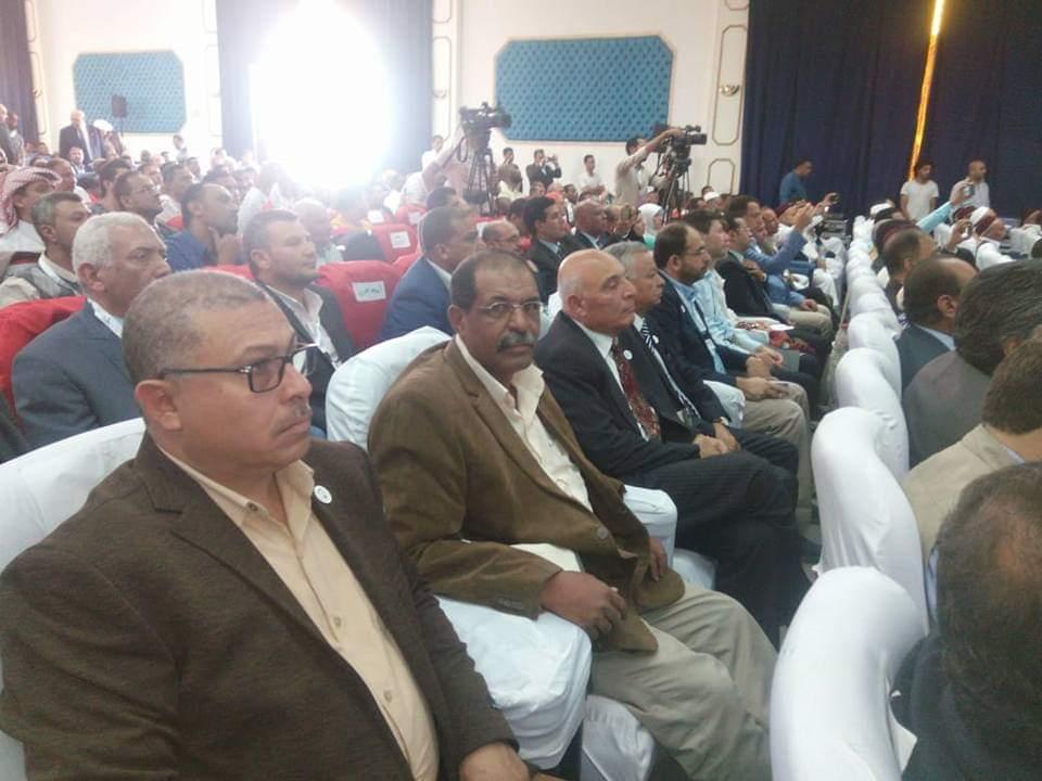 الوادى الجديد تتسلم درع وزارة الصناعة وافضل مصنع تنور (2)
