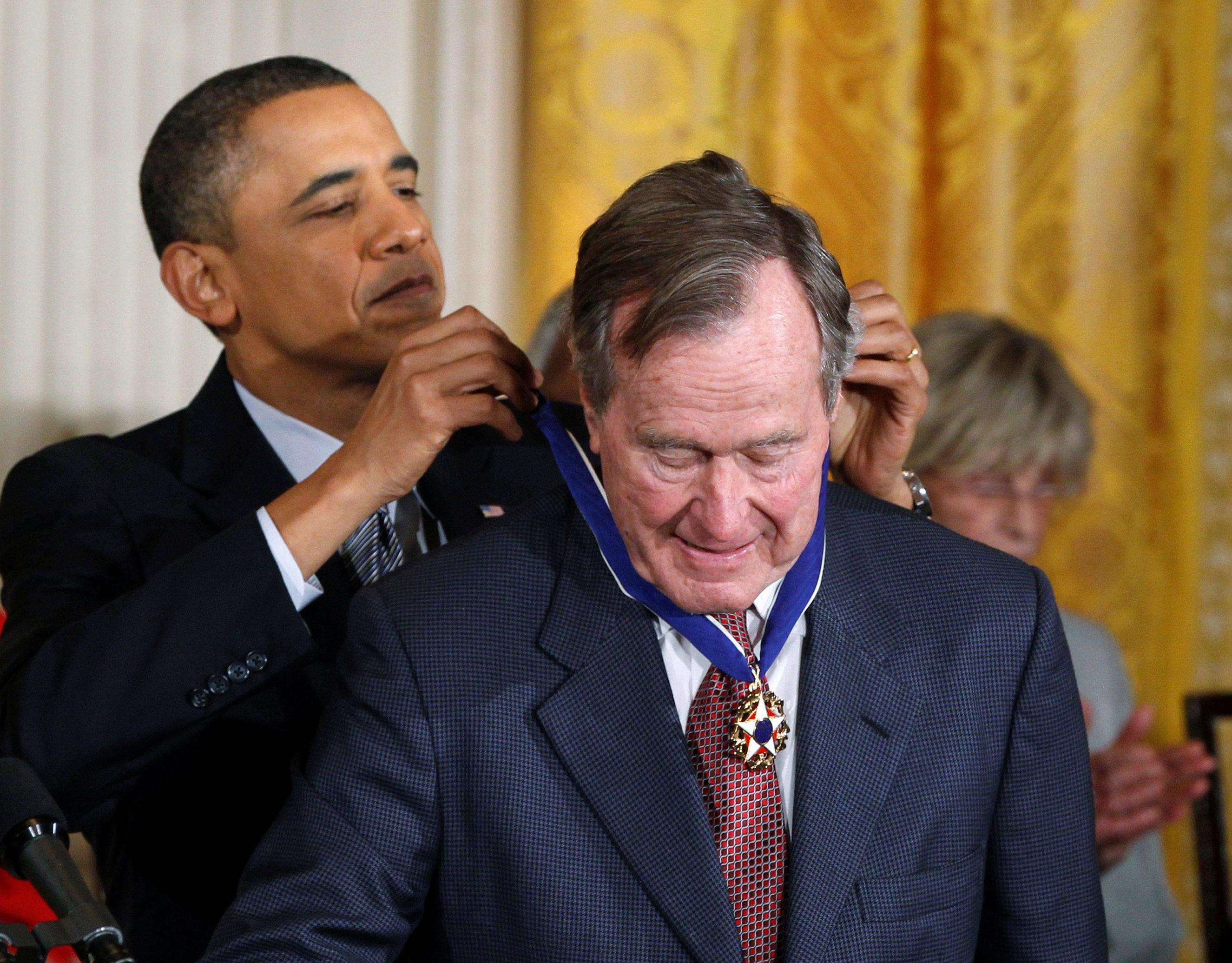 جورج بوش الأب  الرئيس الأمريكى الأسبق  (9)