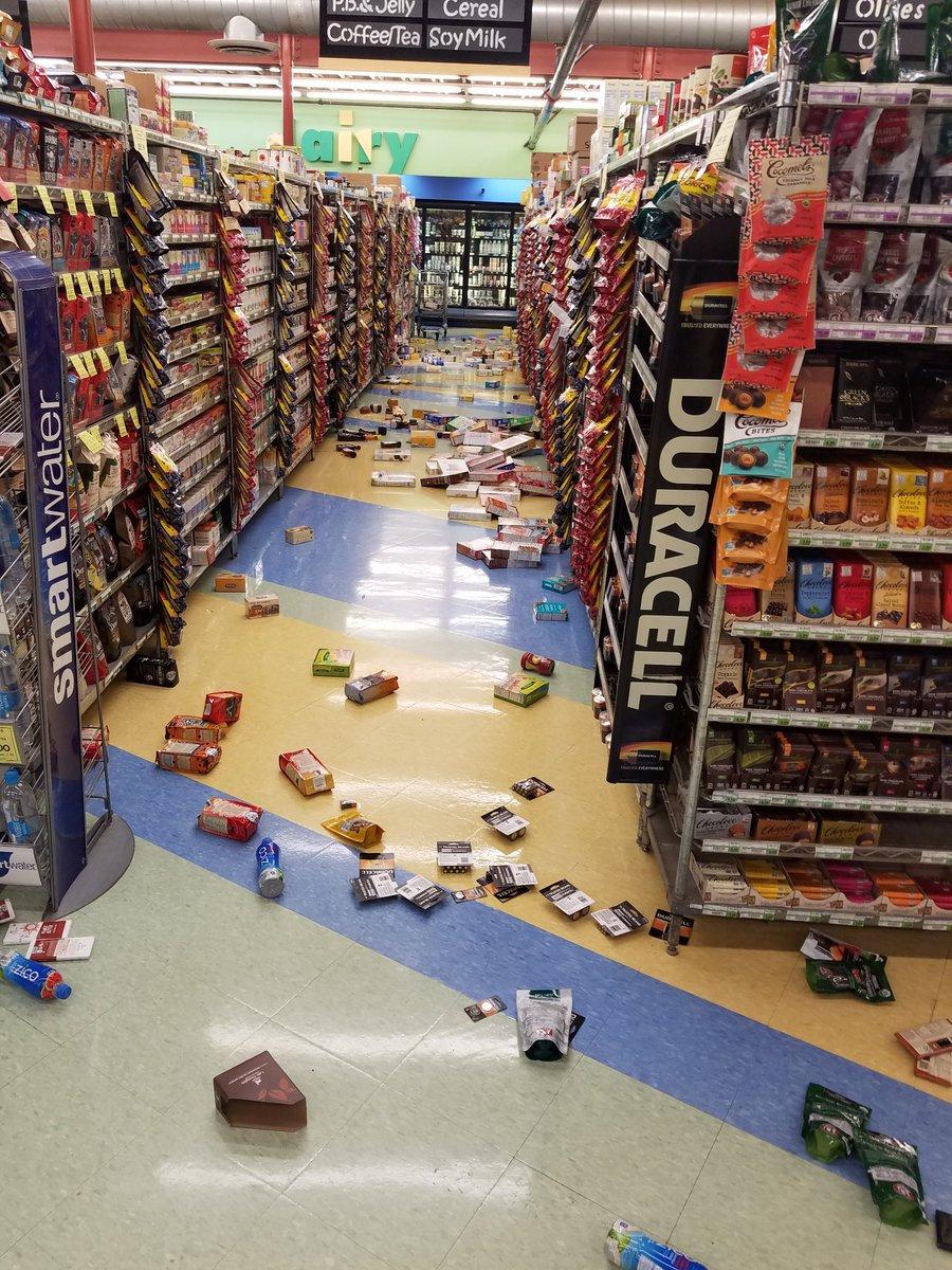 زلزال عنيف فى ألاسكا  (1)