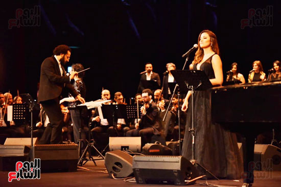زياد رحبانى يتألق فى أقوى حفلاته بالقاهرة بحضور نجوم الفن (23)