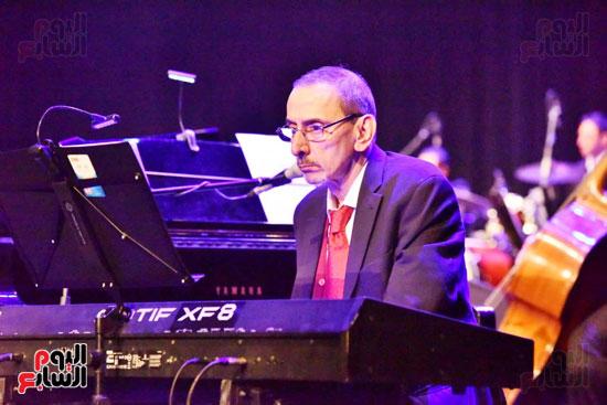 زياد رحبانى يتألق فى أقوى حفلاته بالقاهرة بحضور نجوم الفن (27)