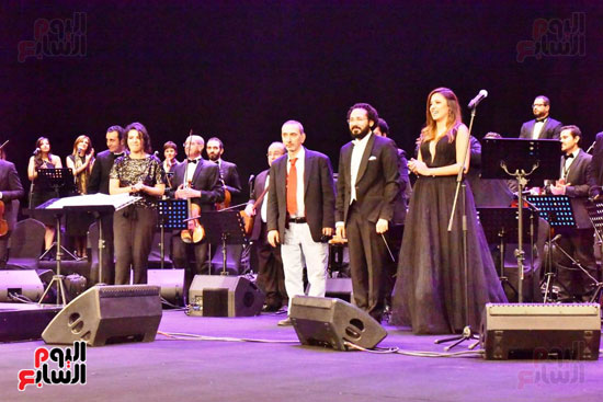 زياد رحبانى يتألق فى أقوى حفلاته بالقاهرة بحضور نجوم الفن (10)