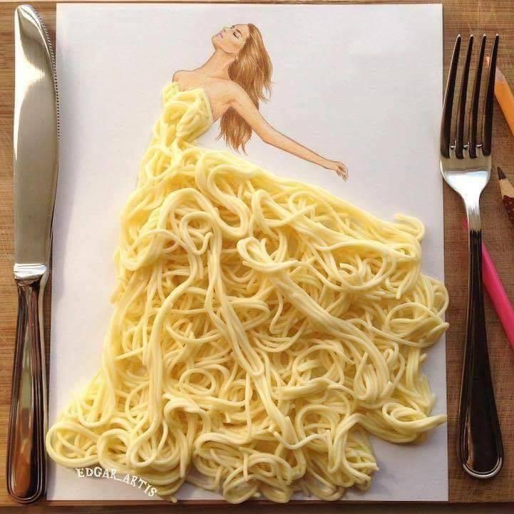 فستان من النودلز