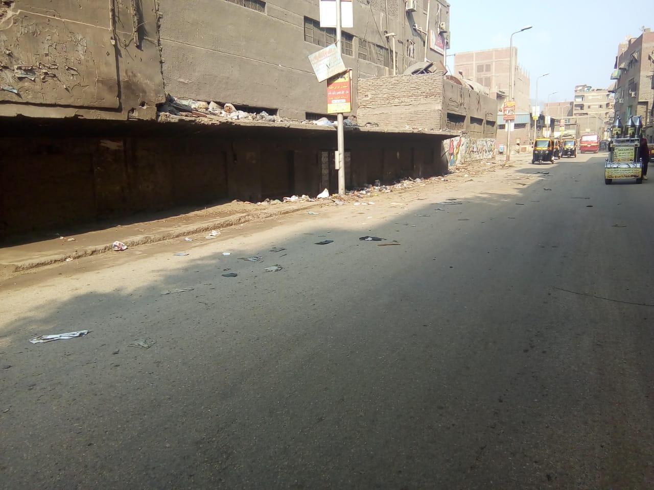 رفع القمامة من شارع عرابى بشبرا الخيمة (4)