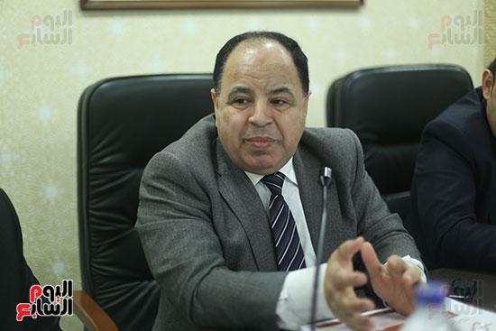 صور لجنة الشئون الاقتصادية  (3)