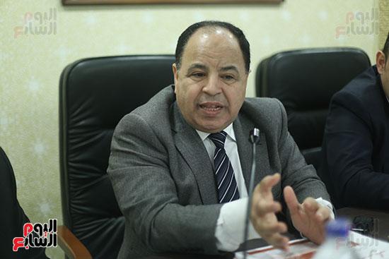 صور لجنة الشئون الاقتصادية  (4)