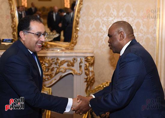 رئيس الوزراء يفتتح فعاليات المعرض الأفريقى الأول للتجارة البينية (3)