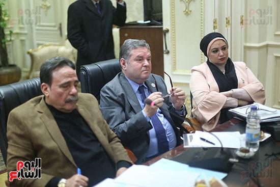 صور لجنة القوى العاملة (7)
