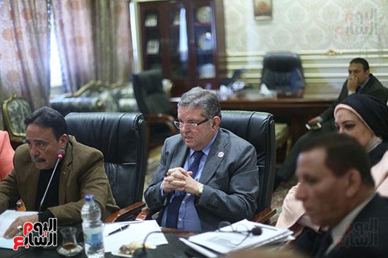 صور لجنة القوى العاملة (5)