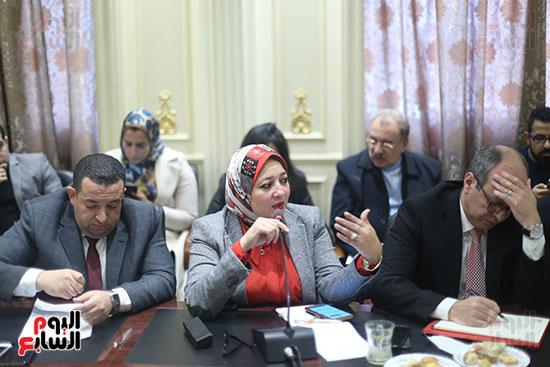 صور لجنة القوى العاملة (3)