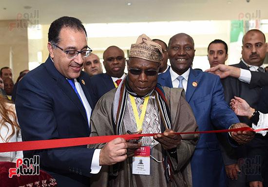 رئيس الوزراء يفتتح فعاليات المعرض الأفريقى الأول للتجارة البينية (25)