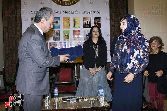 جائزة نجيب محفوظ فى الأدب (29)