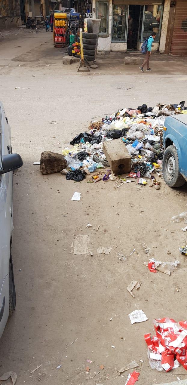 القمامة فى منطقة أثرية بميدان المسلة القديم فى المطرية (1)