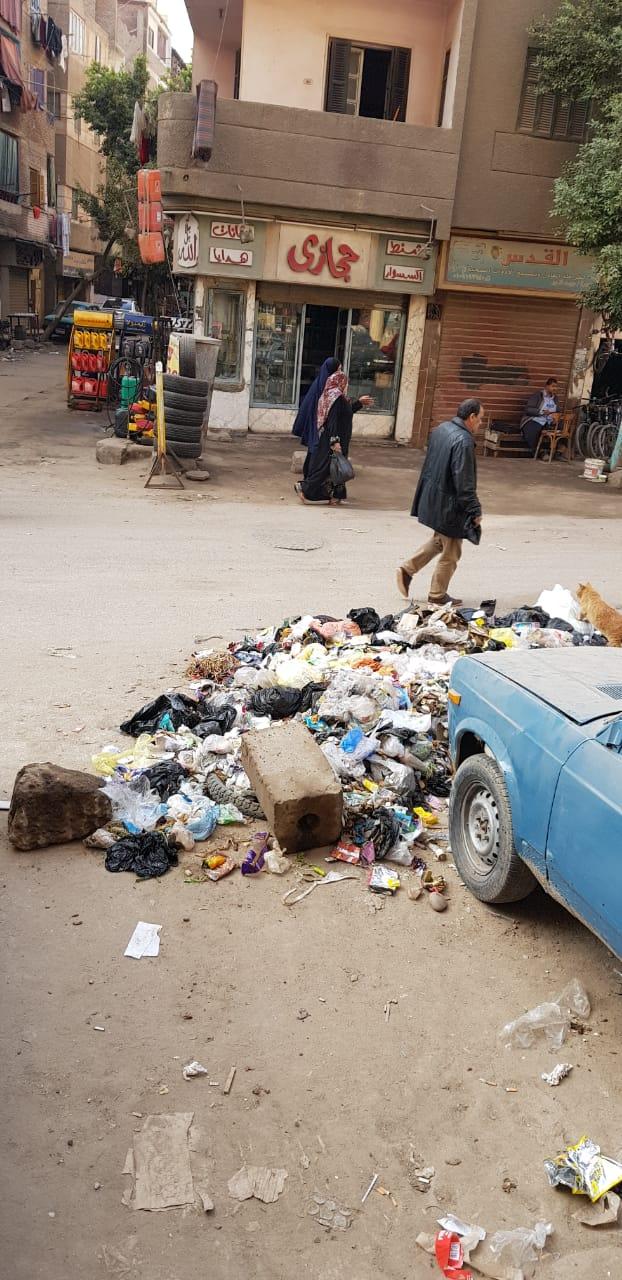 القمامة فى منطقة أثرية بميدان المسلة القديم فى المطرية (6)