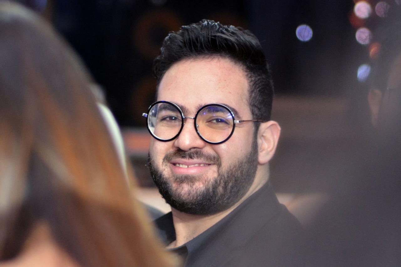 حماقى يحول زفاف محمد وحنين لحفل جماهيري (2)