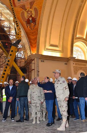 الرئيس يتفقد مشروعات المدينة الجديدة و كاتدرائية ميلاد المسيح  (5)