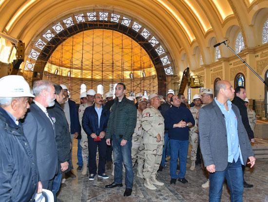 الرئيس يتفقد مشروعات المدينة الجديدة و كاتدرائية ميلاد المسيح  (1)