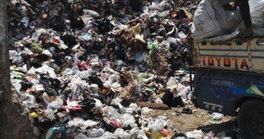 تراكم القمامة خلف مسجد السيدة زينب