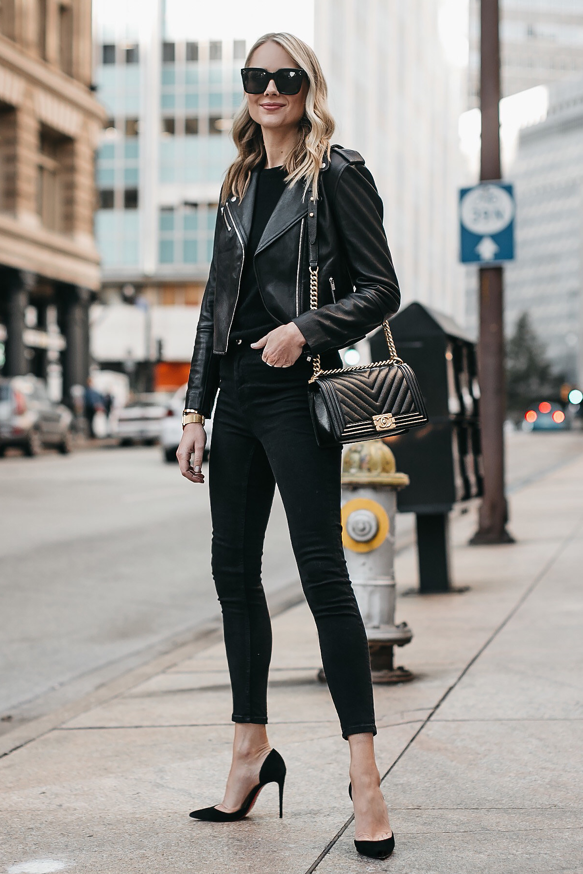 Fashion-Jackson-Club-Monaco-Black-Leather-Jacket-Black-Sweater-Black-Skinny-Jeans-Black-Pumps-Chanel-Boy-Bag-1