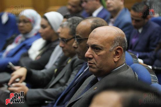 طارق شوقى وزير التعليم  وهالة زايد وزيرة الصحه (3)
