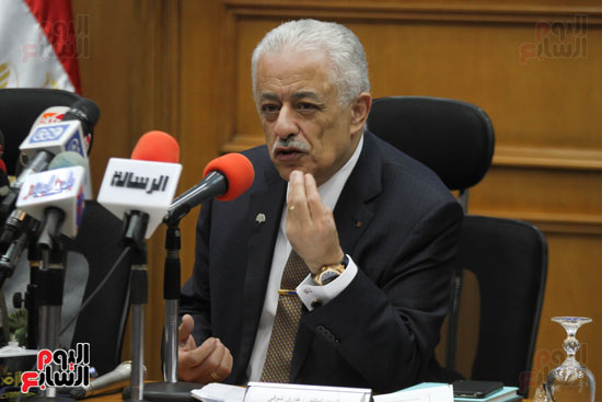طارق شوقى وزير التعليم  وهالة زايد وزيرة الصحه (8)
