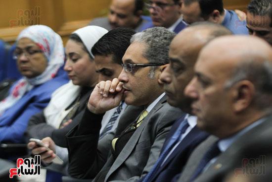 طارق شوقى وزير التعليم  وهالة زايد وزيرة الصحه (5)