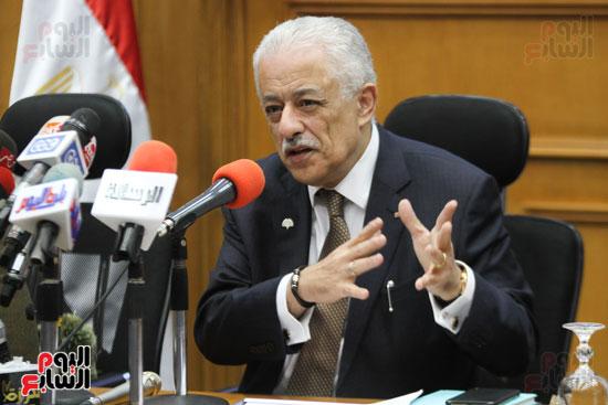 طارق شوقى وزير التعليم  وهالة زايد وزيرة الصحه (9)