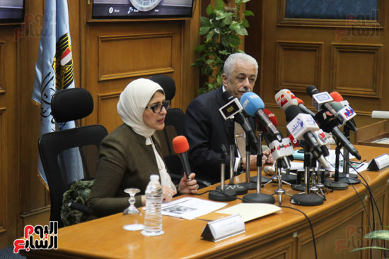 طارق شوقى وزير التعليم  وهالة زايد وزيرة الصحه (7)