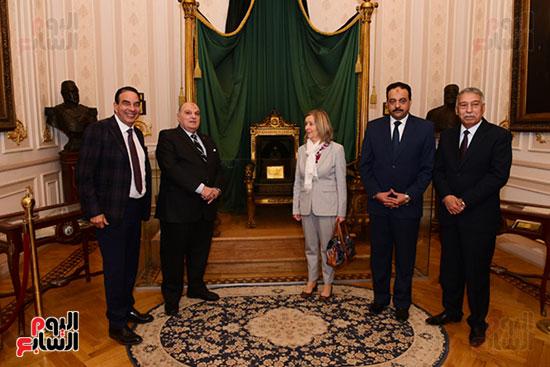 كمال عامر رئيس لجنة الدفاع والأمن القومى بمجلس النواب يستقبل نائب رئيس مجلس الشيوخ الفرنسى (8)