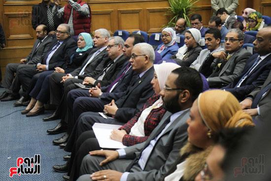 طارق شوقى وزير التعليم  وهالة زايد وزيرة الصحه (6)
