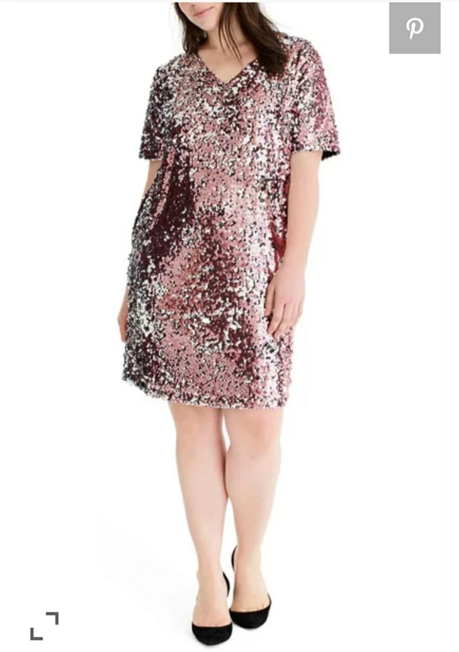 فستان من الترتر الروز