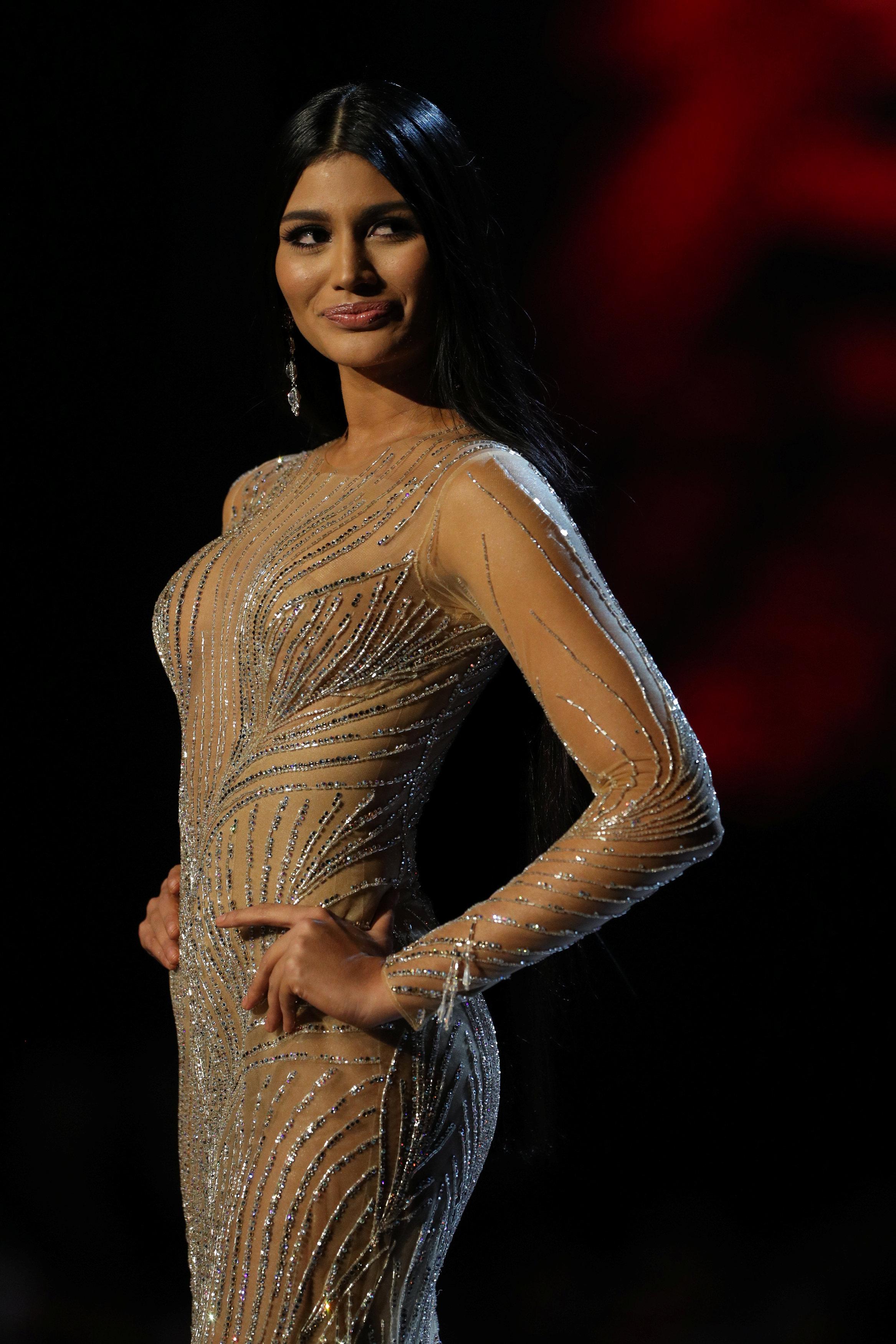 مسابقة ملكة جمال الكون من بانكوك (10)