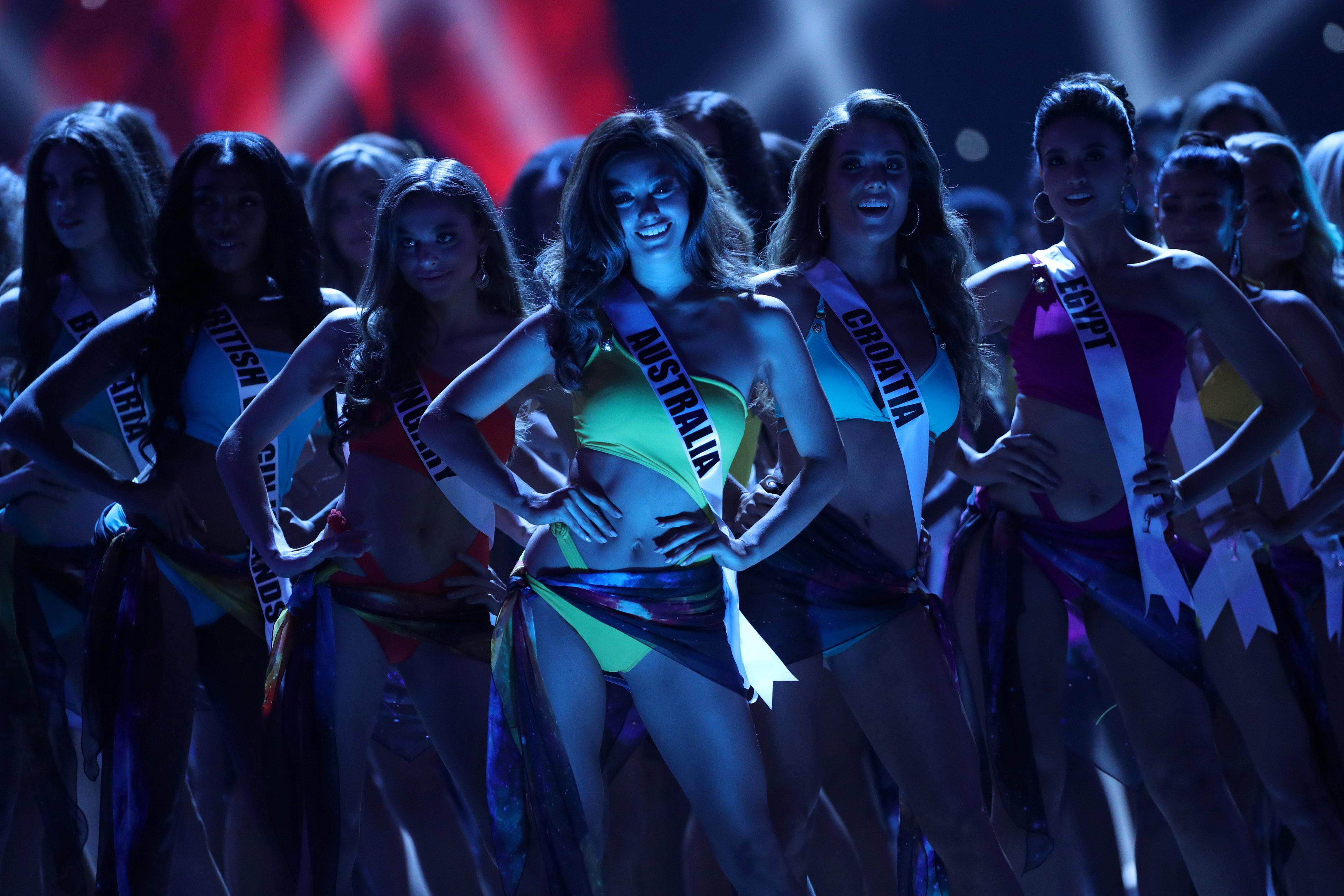 مسابقة ملكة جمال الكون من بانكوك (7)