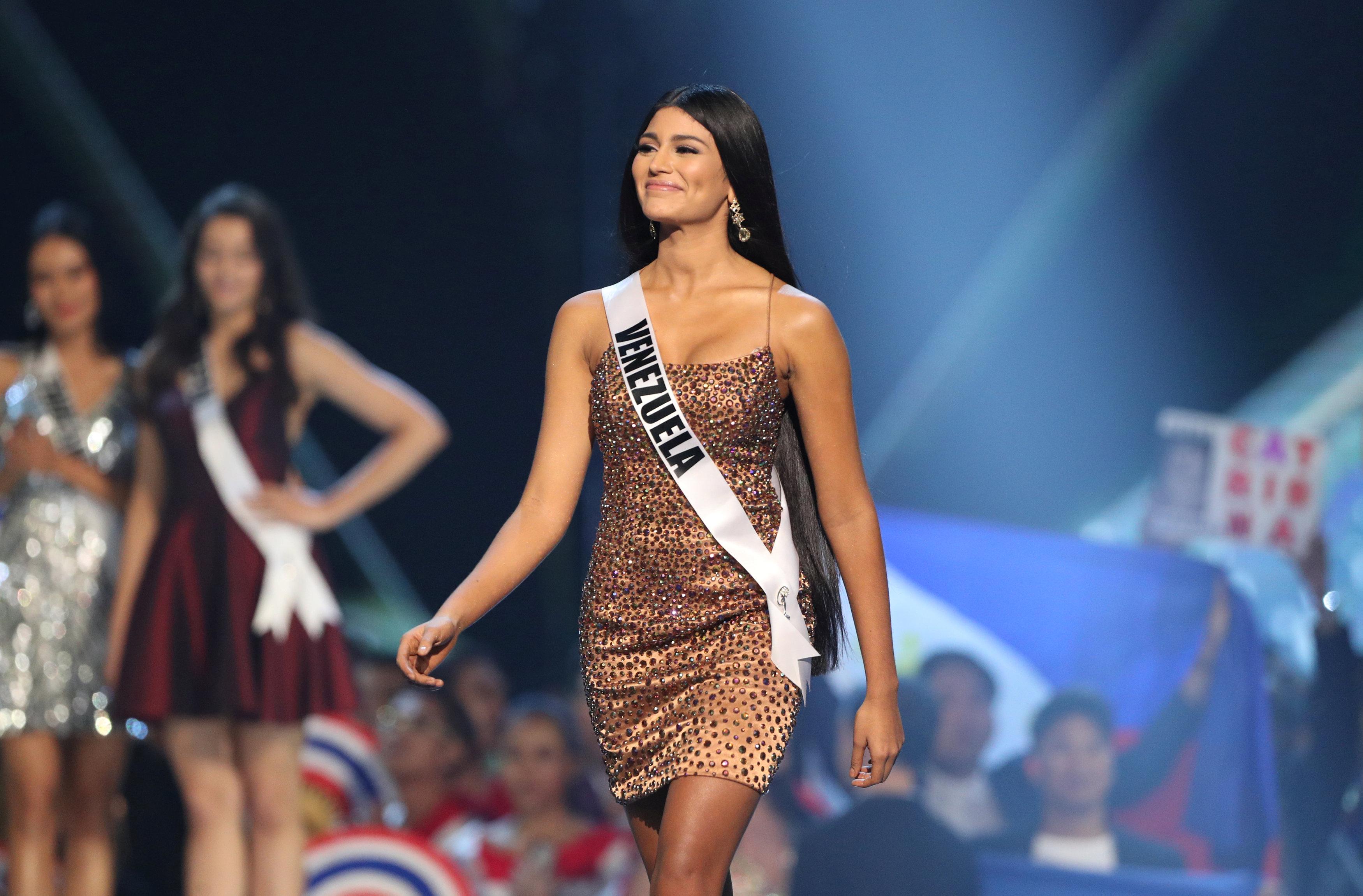 مسابقة ملكة جمال الكون من بانكوك (5)