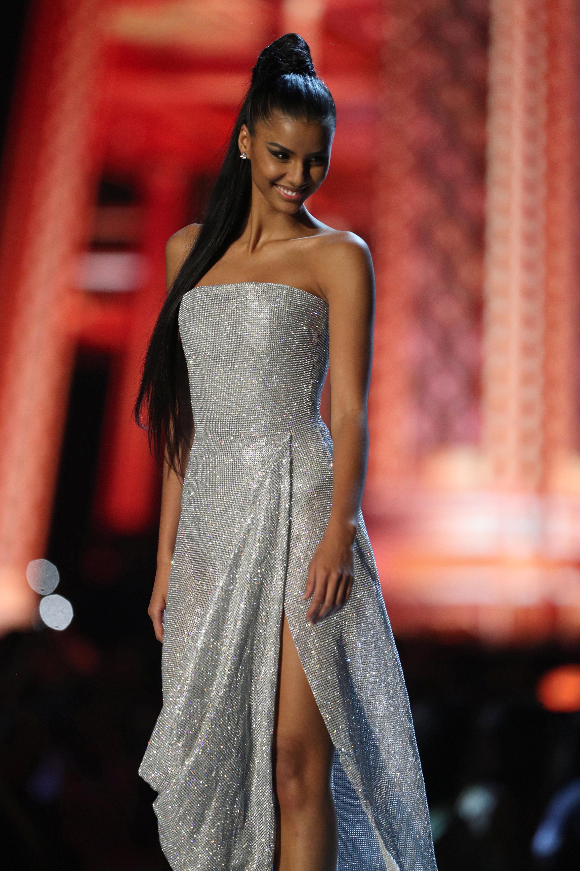 مسابقة ملكة جمال الكون من بانكوك (9)