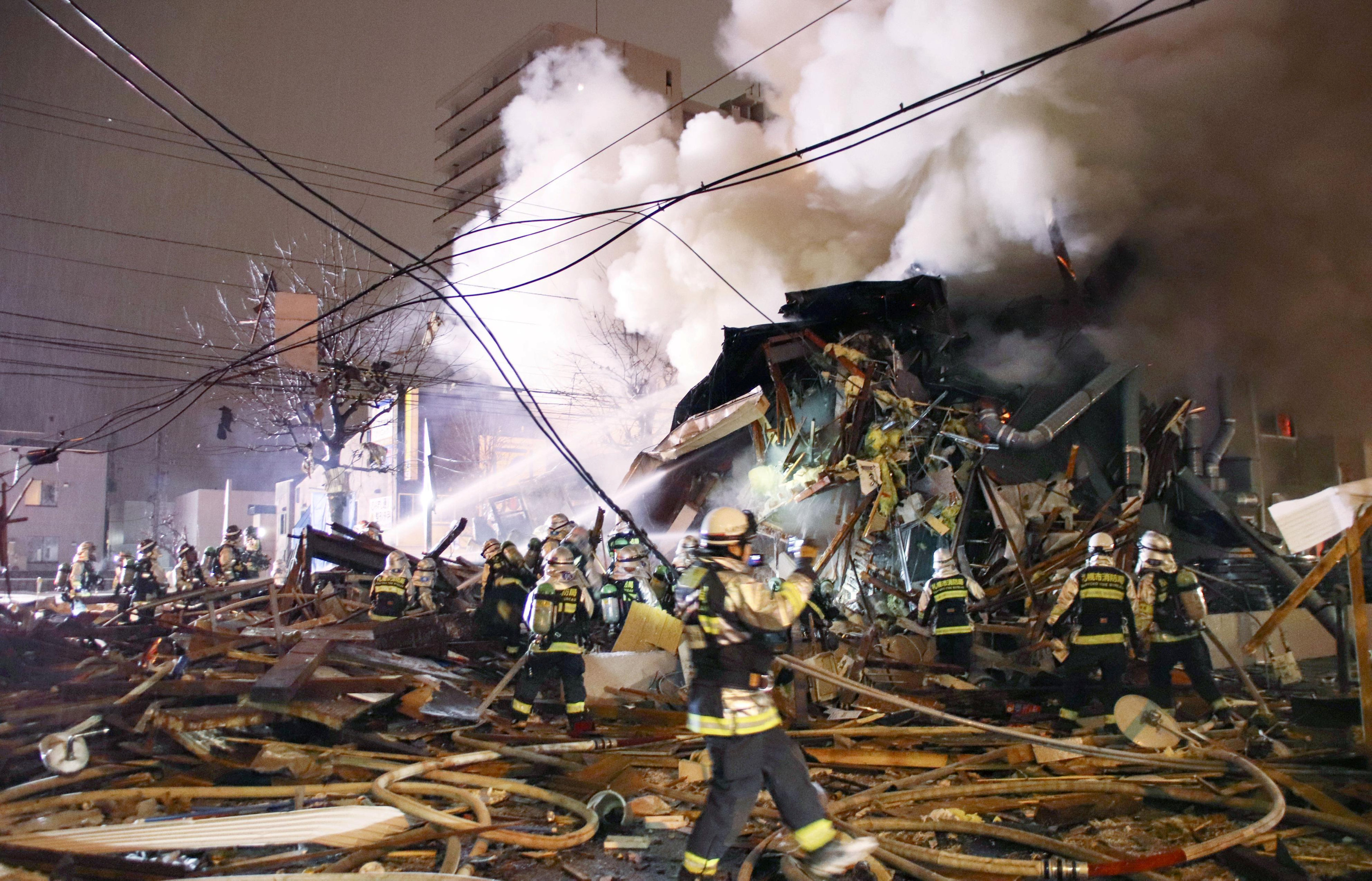 انفجار مطعم شمال اليابان (6)
