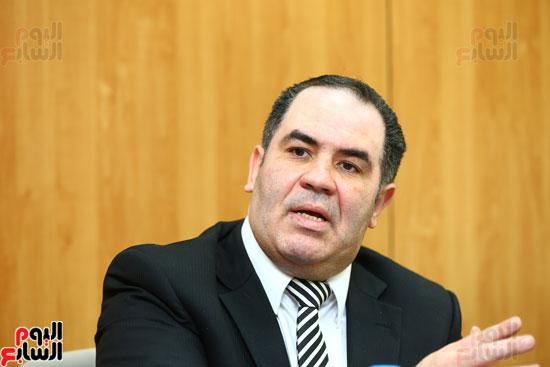 الخبير الاقتصادى إيهاب سعيد عضو مجلس إدارة البورصة المصرية (9)