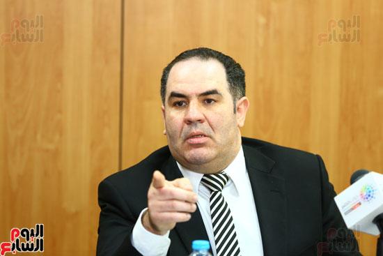الخبير الاقتصادى إيهاب سعيد عضو مجلس إدارة البورصة المصرية (12)