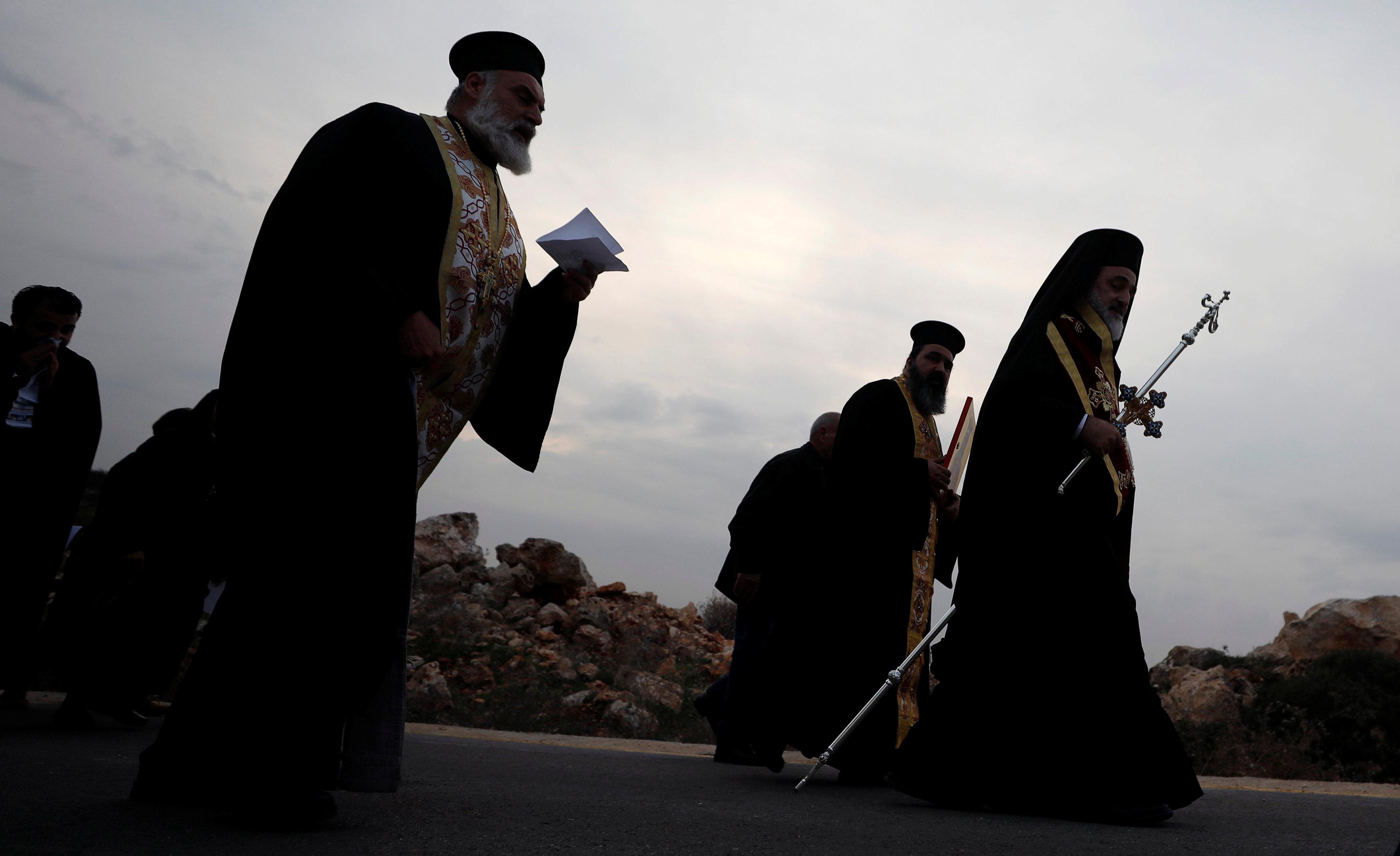 رجال دين مسيحيين
